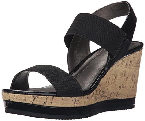 Lifestride Women's Ellusive Flat Sandal, Black, 8.5 M US by LifeStride
