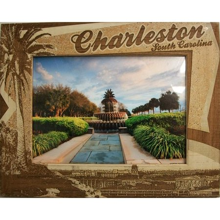 Palm Tree Photo - Charleston South Carolina with Palm Tree Laser Engraved Wood Picture Frame (5 x 7)