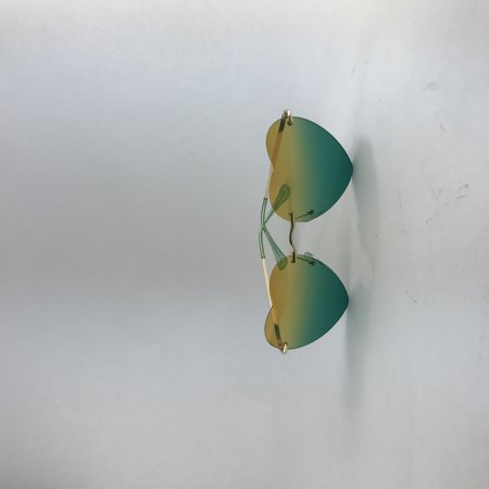 Heart-Shaped Sunglasses with Multi-Color,Cute and Nice-looking for Outdoor (Nice Shaped Women)