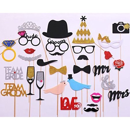 USA-Sales Wedding Photo Booth Props, 31-pieces NEW FREE - Wedding Booth Props