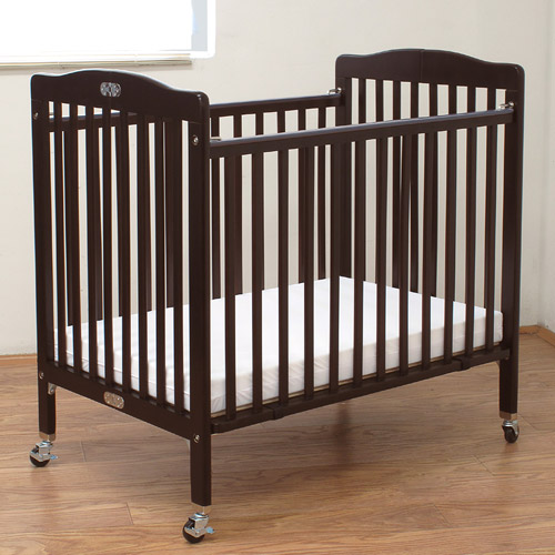 L.A. Baby Little Wooden Mini/Portable Crib With Mattress Cherry