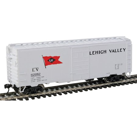 Walthers HO Scale 40' PS-1 Boxcar Lehigh Valley/LV #62082 (White/Flag (Lehigh Valley Stores)
