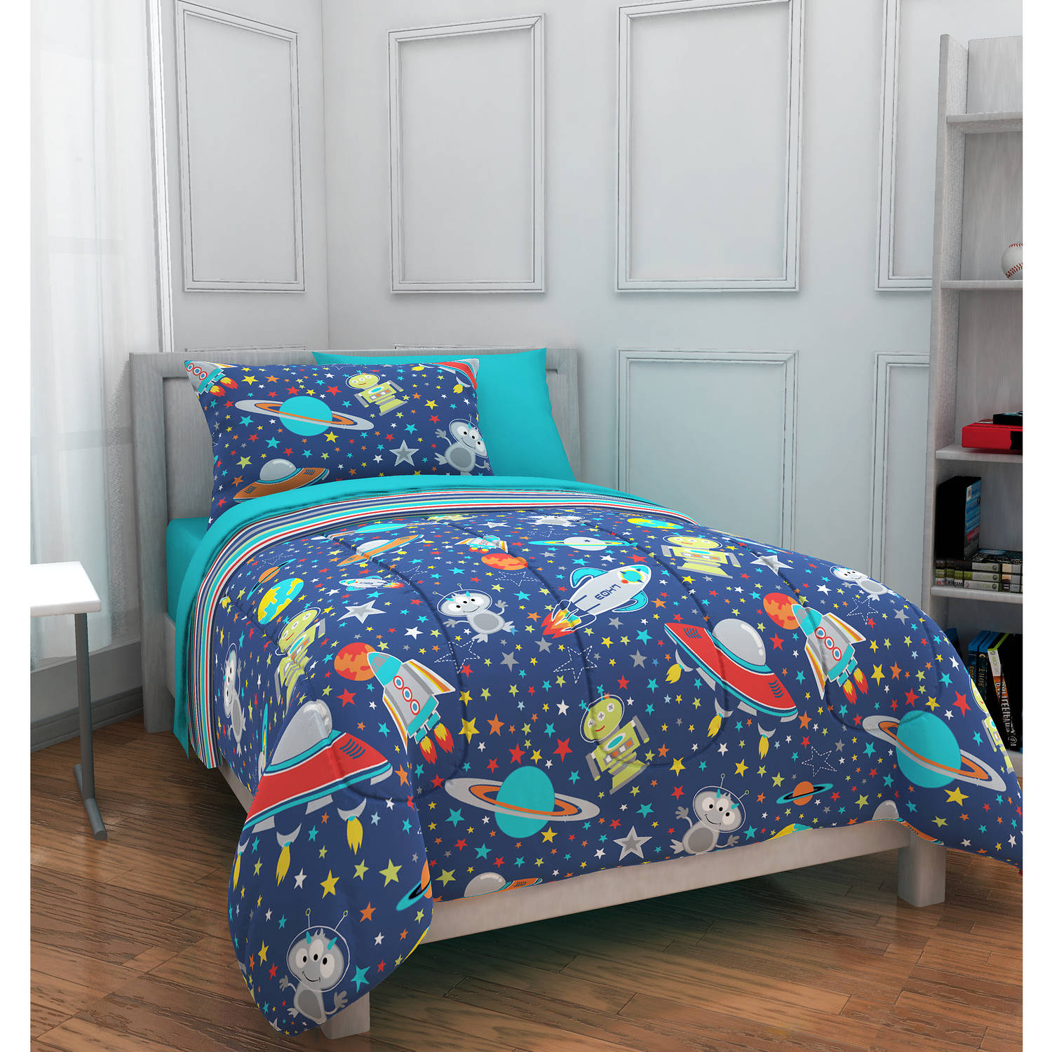 Mainstays Kids Outer Space Bed in a Bag Bedding Set