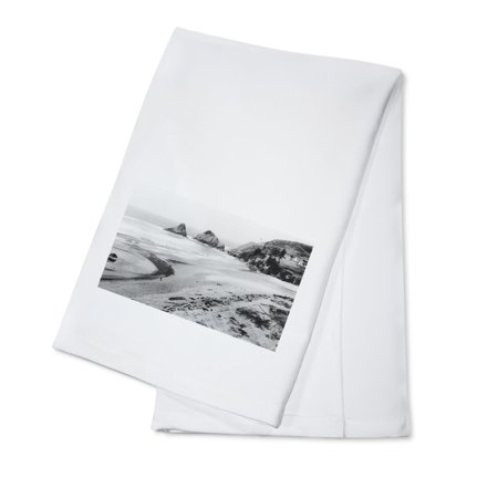 - Oregon - Beachfront View of Heceta Head Lighthouse near Sea Lion Caves (100% Cotton Kitchen Towel)