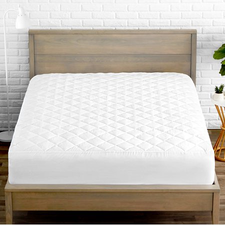 Quilted Fitted Cooling Mattress Pad with Hypoallergenic Down Alternative Fiberfill - Stretch-To-Fit (Queen) Fitted Hypoallergenic Polyester Mattress Pad