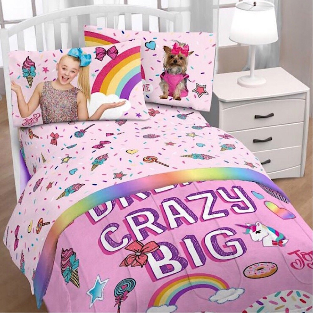 JoJo Siwa Full Comforter And 4 Piece Sheet Set With Throw