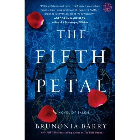 The Fifth Petal : A Novel of Salem - Salem A L'halloween