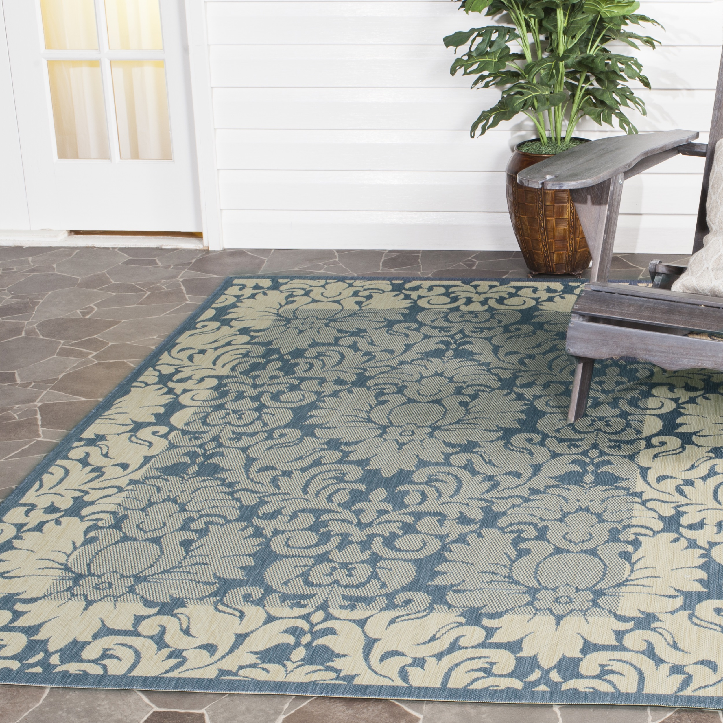 Safavieh Courtyard Dani Damask Bordered Indoor/Outdoor Area Rug