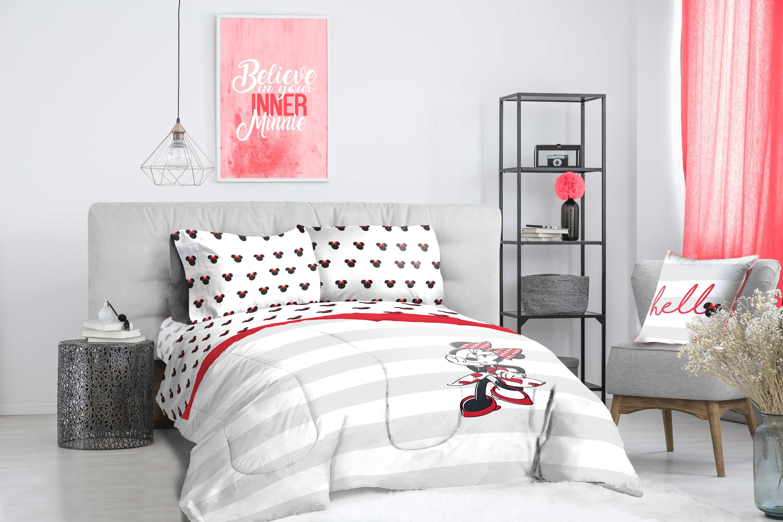 Minnie Mouse Striped Bed In A Bag Kids Bedding Set W Reversible Comforter Walmart Com Walmart Com