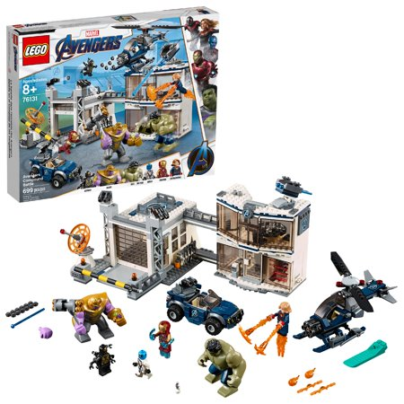 LEGO Marvel Avengers Compound Battle 76131 Building Set (699 pieces)