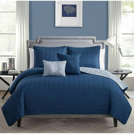 VCNY Home Hayden Two-Tone Geometric Embroidered Reversible 5-Piece Bedding Quilt Set, Decorative Pillows