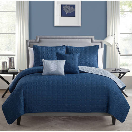 VCNY Home Hayden Two-Tone Geometric Embroidered Reversible 5-Piece Bedding Quilt Set, Decorative Pillows Included