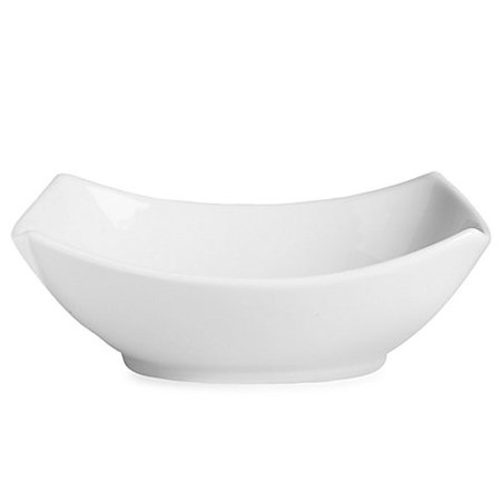 White Medium Rectangular 4-Point Bowl, Everyday White® by Fitz and Floyd 4-Point Bowl boast a simple and straightforward design for timeless appeal By Everyday White®