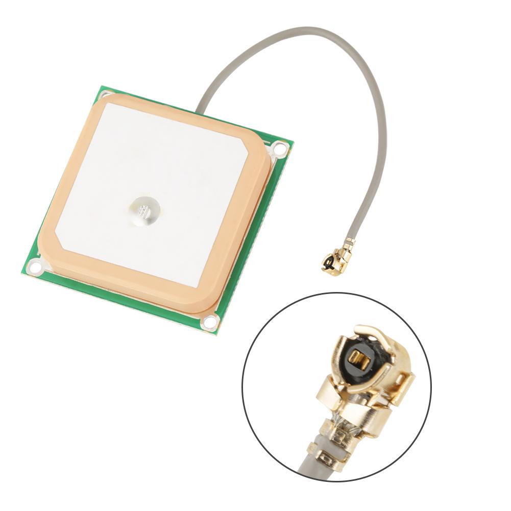 28dB GPS Active Antenna SMA GPS Ceramic Antenna 1575.42MHz Central Frequency High Gain GPS Antenna Low Noise Low Power Consumption