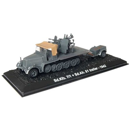 Sd.Kfz.7/1 with Sd.Ah.51, 24th Panzer Division, German Army, Battle of Stalingrad, September 1942 -