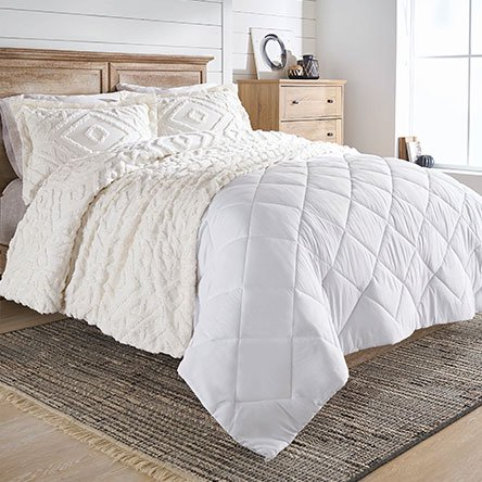 66311ef8446 Layer a new look with the exclusive bedding brand Better Homes and Gardens.