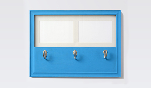 Project: DIY Chalk Paint Bermuda Picture Frame With Hooks - Walmart.com