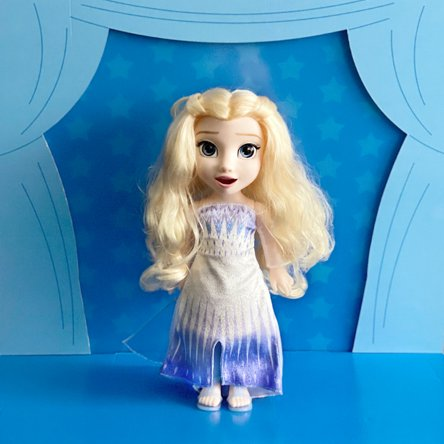Frozen 2 Magic in Motion Elsa. Inspired by Frozen 2, relive your favorite scenes with this adorable Elsa doll featuring long, flowing hair to brush and style. Shop now