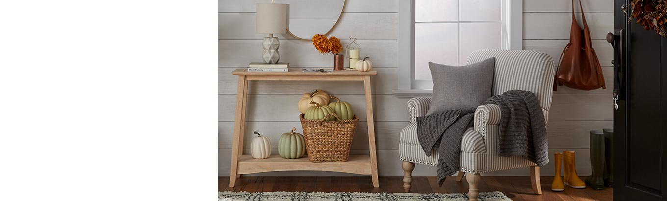 Welcome fall. Greet guests in harvest style.