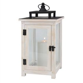 Shop lanterns and candles holders