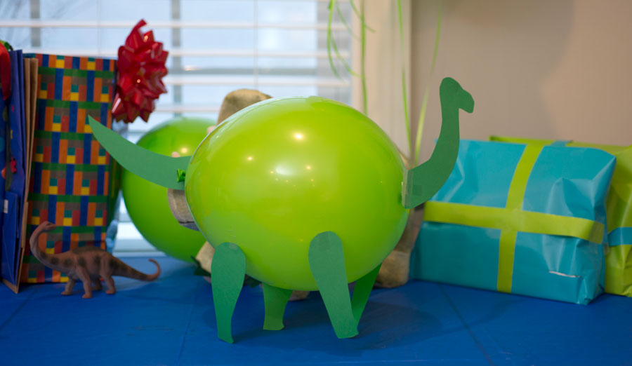 How to Throw a Dino-Mite Dinosaur Birthday Party