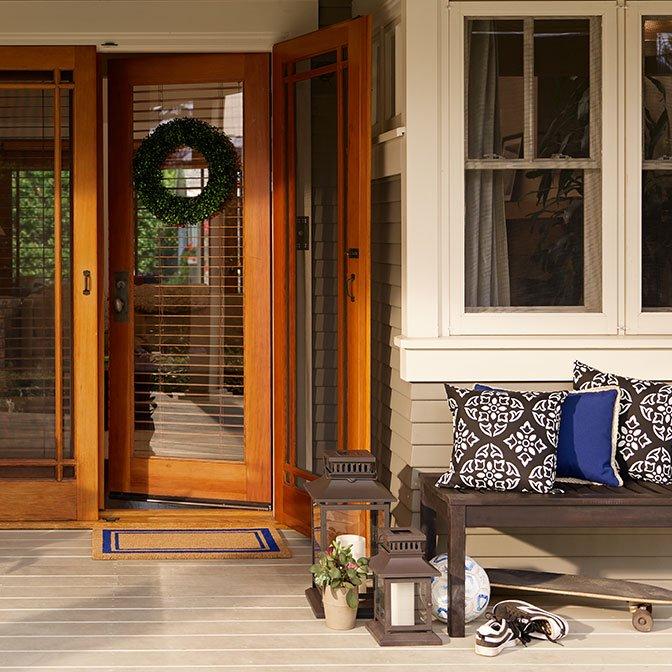 Patio & Outdoor Decor