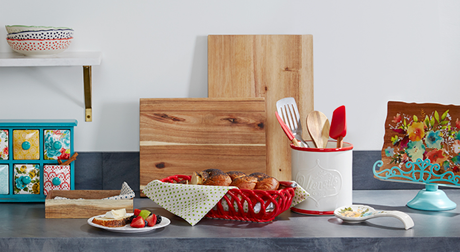 New Counter Culture. Give your kitchen a charming vintage vibe with new countertop organization pieces from The Pioneer Woman. Utensil jars, cookbook holders, drawer organizers & more feature pretty prints in coordinating colors that pop.