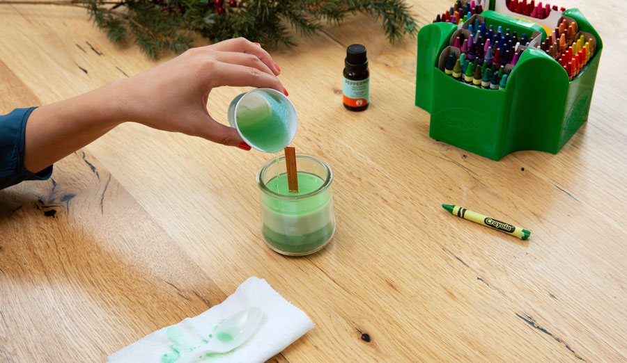 Pouring 5th layer of soy wax & crayon candle
