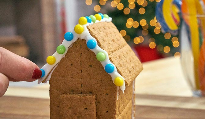 Decorating awning of the graham cracker candy house