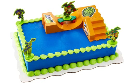 Teenage Mutant Ninja Turtles Sheet Cake With 2D Figurines And Skate Park