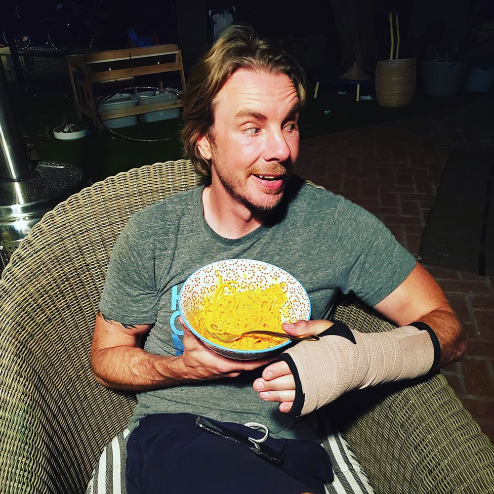 Dax Shepard eating mac and cheese