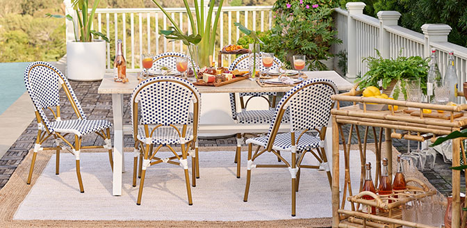 Comfortable Dining Sets For The Patio