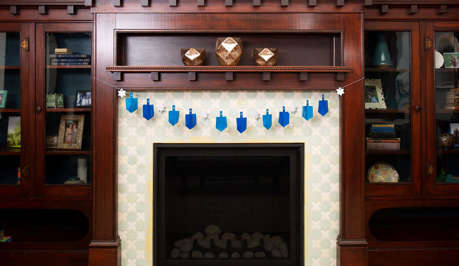 How to Make a Glitter Paper Dreidel Garland