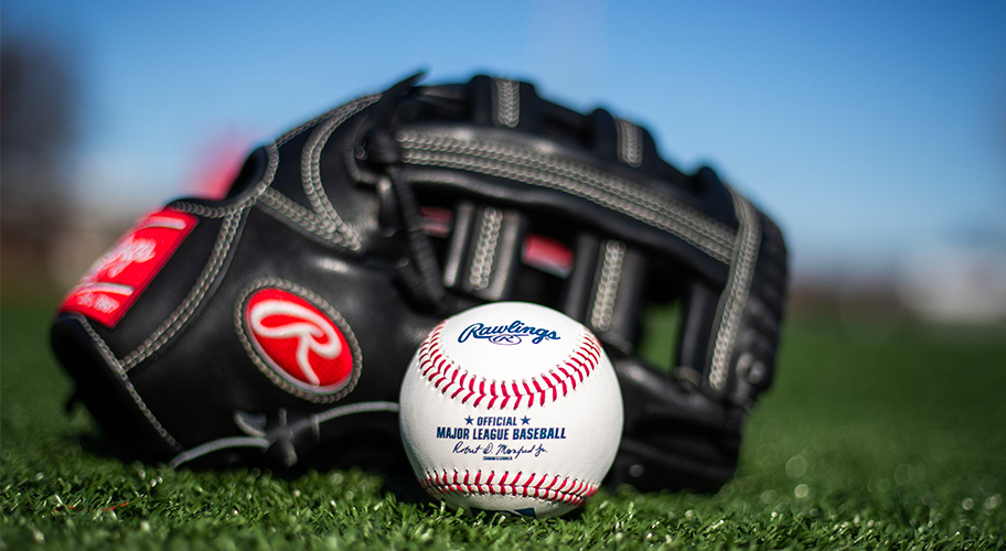 Catch of the summer. Shop and save on Rawlings baseballs, gloves, bats and helmets at homerun prices.