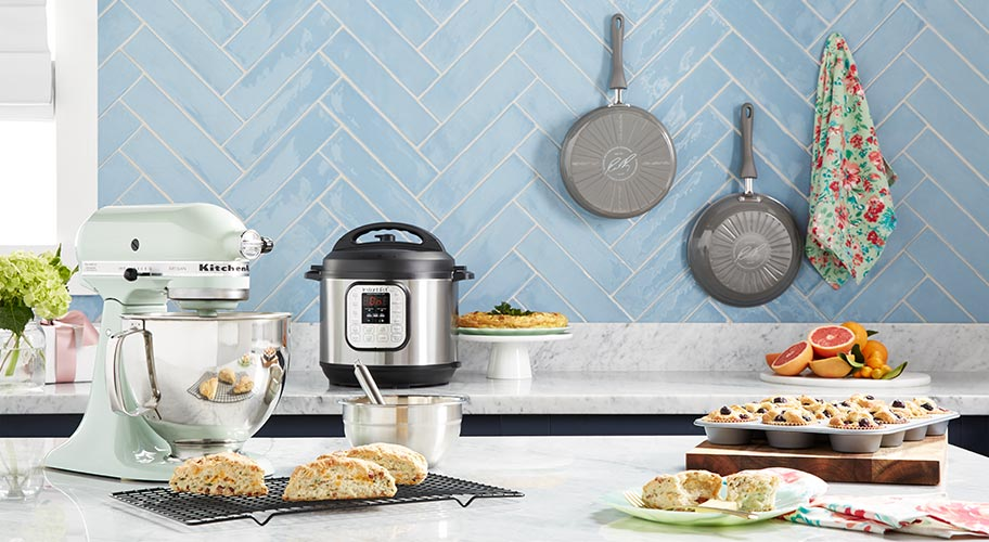Get ready for Mother's Day. From pretty floral tea towels to the latest appliances, Walmart has the gifts Mom will love. Put together a bouquet of utensils or spring for a set of stylish cookware or serving pieces to treat your favorite chef.