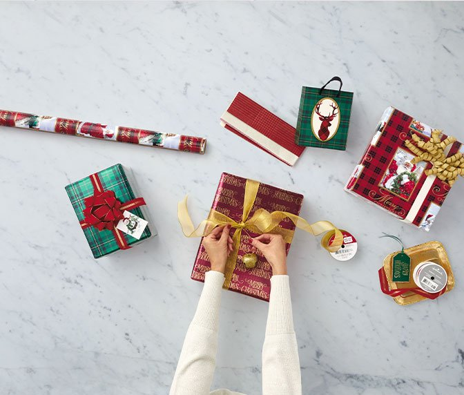 Adult's gift wrapping. Keep their presents sealed with classic looks.