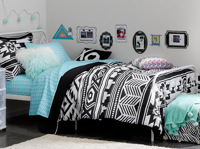 Dorm Decorating Black White Bright