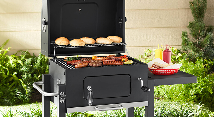 Exclusive! Grill Like a Pro. Show them how it's done with our Expert Grill, sold only here. They fire up fast in tabletop size to crowd-worthy sizes.