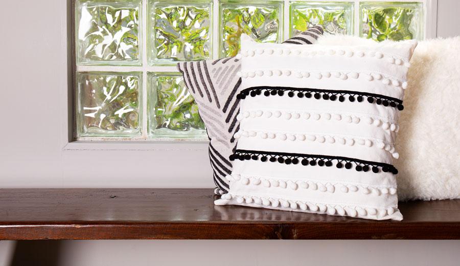 DIY Boho Pom-Pom Pillow