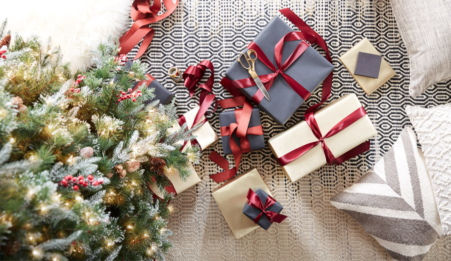 Special gifts for 10 people on your list