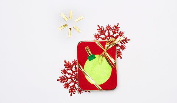 Christmas tin gift card holders