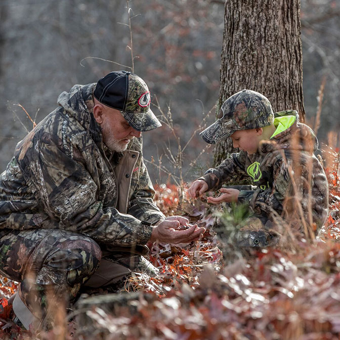 Make your presence unknown in Mossy Oak.