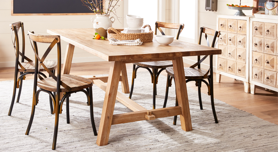 Country charm create the perfect setting for meals with friends family with farmhouse dining