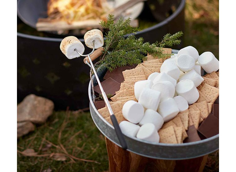 Family s'mores night. Gather 'round the fire with flavorful fixings. Shop now.