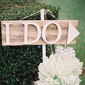 DIY Wedding Sign Projects