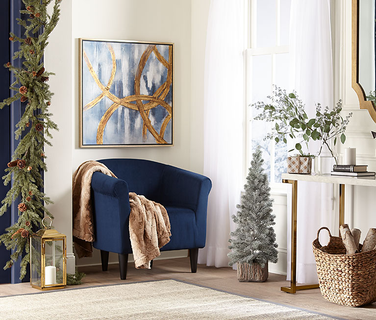 Impress with festive décor & entryway furniture.