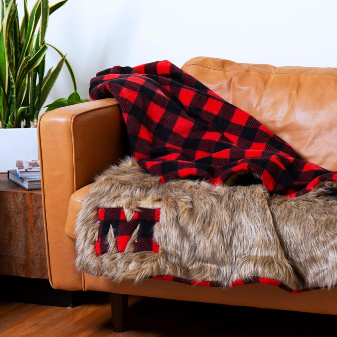 DIY Faux Fur & Buffalo Plaid Throw Blanket How-To