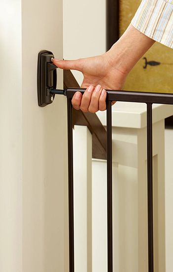 Baby gate buying guide - North State Swing Door Stairway baby gate, hardware mounted