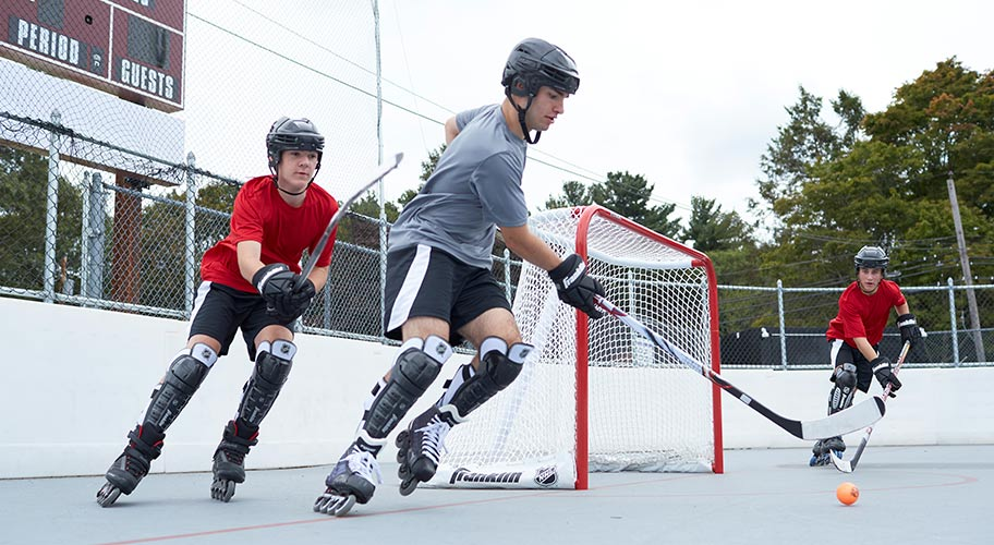 Squad goals. Warming temps call for taking your hockey game to the street. Get geared up to go next level with Franklin goals & nets. Find the size & type you want at prices that'll make you the team MVP.