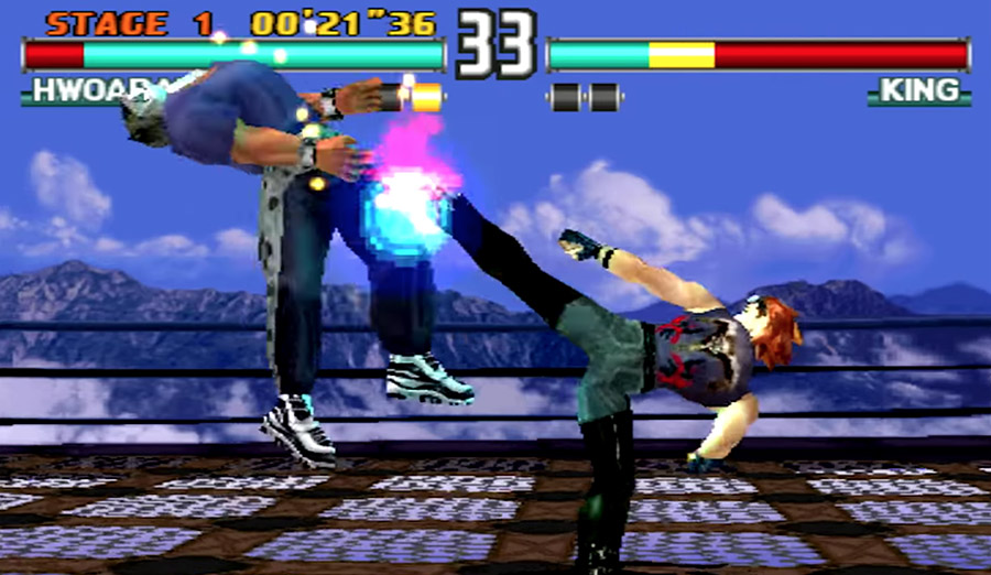 PlayStation Classic - Hwoarang and King face off in Tekken 3